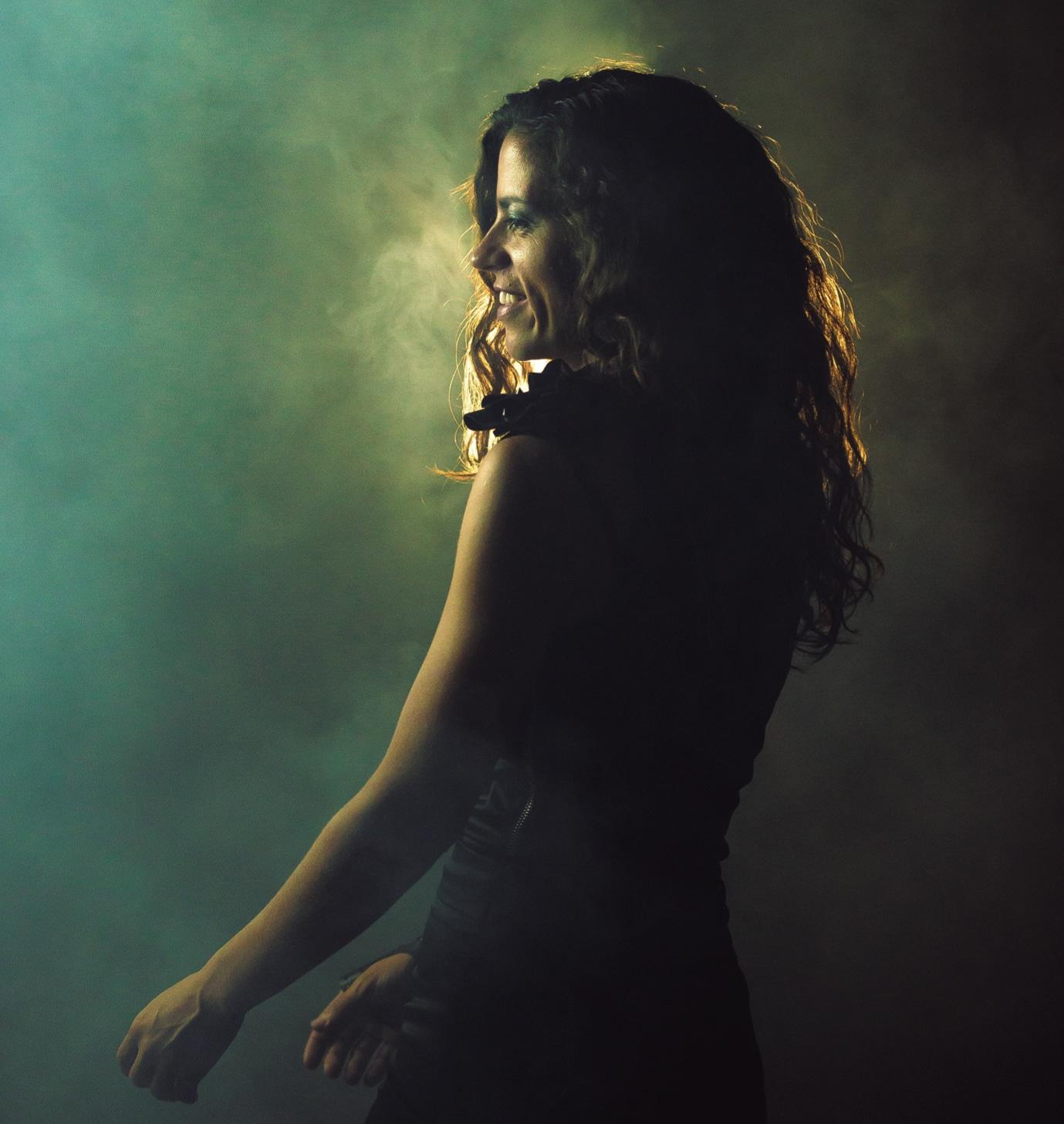 Fotografía del disco de Maia Castro